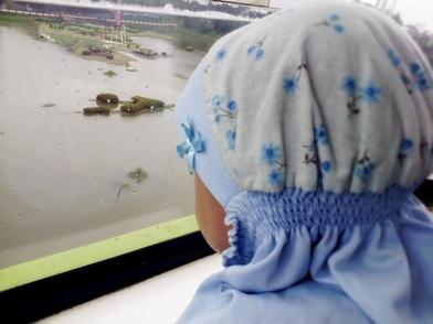 aisyafra and skylift window.jpg