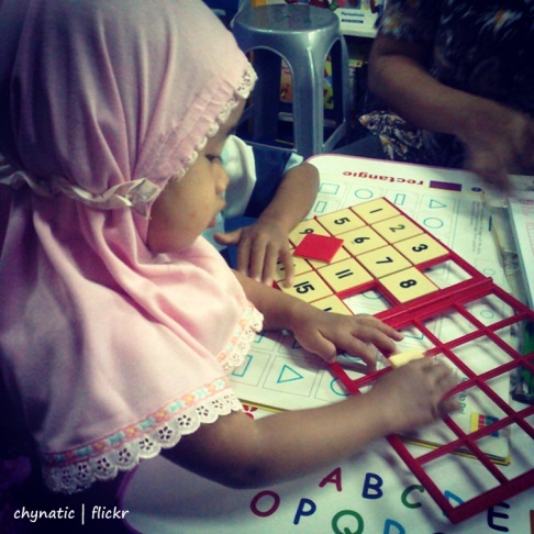 aisyafra.. learn n play..