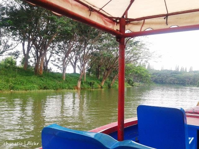 naik perahu naga at fantasy island..