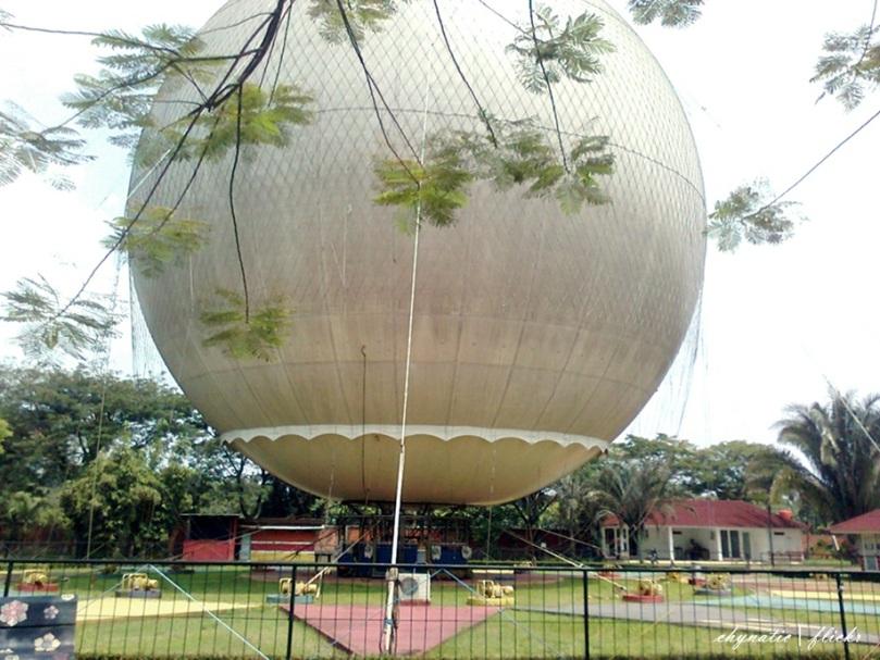 balon udara raksasa taman mini