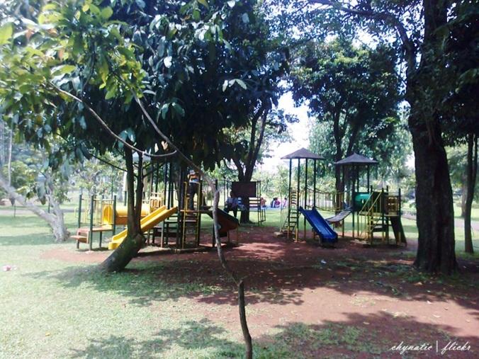 playground taman bunga tmii..
