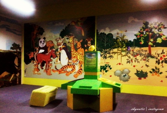 cozy play room