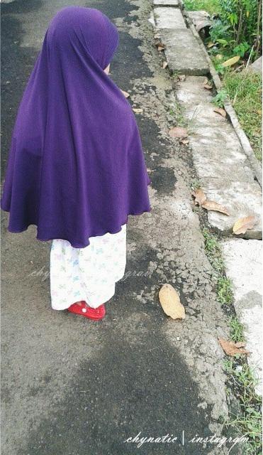 aisyafra in violet jilbab zafra