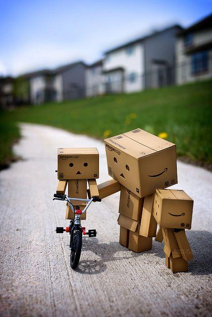 danbo belajar sepeda