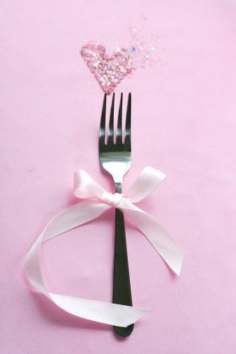 fork-heart ribbon