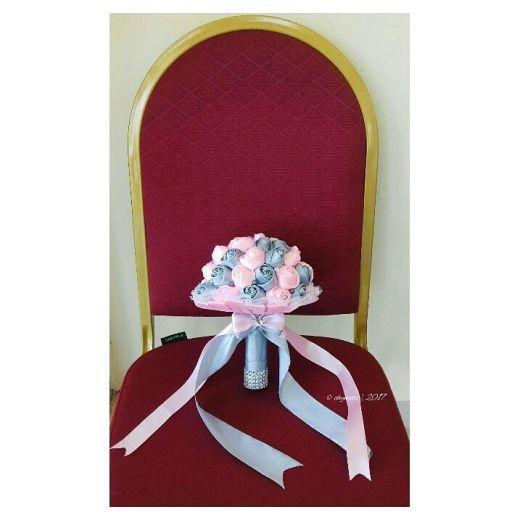 dina-flower-bouquet